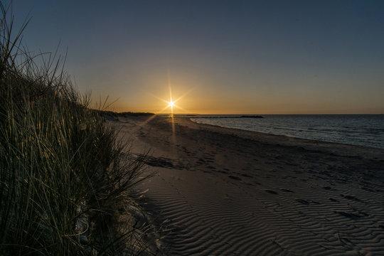 Heidkate - Sonnenuntergang über Meer