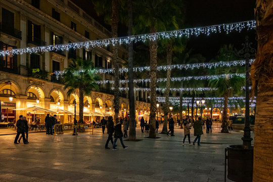 Plaza Real (Royal place) at night in Barcelona, Catalonia, Spain.