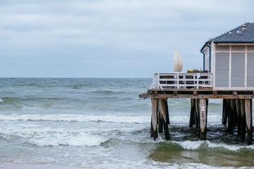 molo na plaży