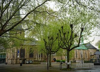 Essener Domkirche, Bischofskirche, erbaut um das Jahr 1000 n. Chr. an der Kettwiger Str. , Foto vom 21. April 2020
