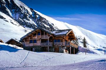 hiver, neige, montagne, alpes, maison, paysage, ski, nature, froid, ciel, alpestre, village, blanc, cabane, châlet, bâtiment,  colline, enneigé Wall mural