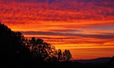 Foto auf AluDibond Rot coucher de soleil sur le finistère bretagne