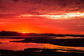 Keuken foto achterwand Rood Sunseat or sunrise