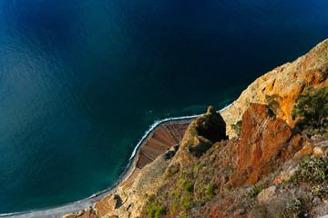 Aerial Ocean Landscape of Cliffside Fotobehang