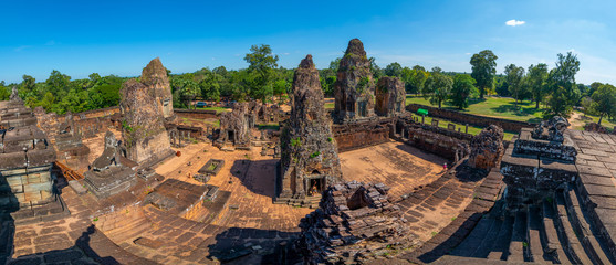 Pre Rup Khmer temple at Angkor Thom is popular tourist attraction, Angkor Wat Archaeological Park in Siem Reap, Cambodia UNESCO World Heritage Site Fototapete