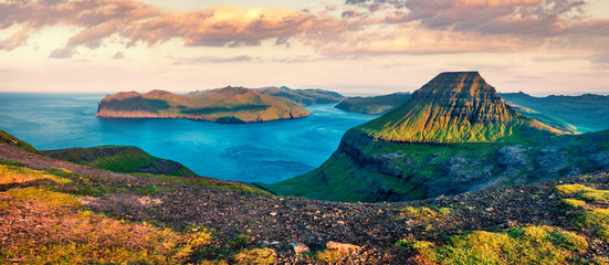 Papiers peints Europe du Nord Panoramic morning view of popular tourist destination - Sornfelli. Fantastic summer sunrise on Streymoy island. Aerial seascape of Atlantic ocean, Faroe Islands, Kingdom of Denmark, Europe.
