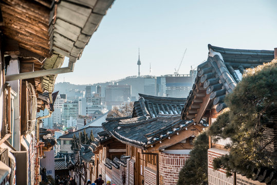 asian architecture in downtown seoul south korea
