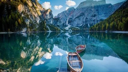 Zelfklevend Fotobehang Groen blauw lake louise banff national park