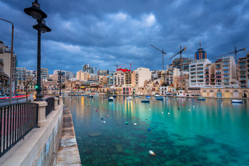 Dark clouds over the Spinola Bay on Malta Fotomurales