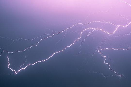 Lightning bolt passes through the air at high speed