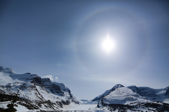 Solar halo phenomenon in Canadian rockies along Icefields Parkway in Banff National Park, Canada