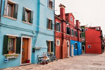 Fotomurales - burano, italien - alte häuser in der altstadt