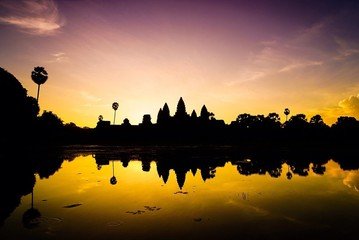 Silhouette Of Angkor Wat During Sunset Fototapete