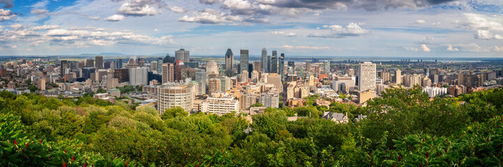 Wall Mural - Panorama of Montreal downtown. Aerial view of the city skyline from Mount Royal in summer, in Montreal, Quebec, Canada