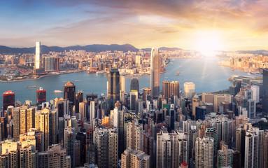 Fotomurales - Hong Kong at dramatic sunset, China skyline - aerial view