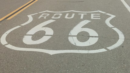 Keuken foto achterwand Route 66 High Angle View Of Route 66 Marking On Highway