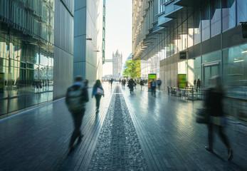 Fotomurales - business people, modern buildings and Tower Bridge, London, UK