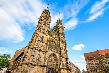 Fototapete - St. Lorenz Kirche in Nürnberg