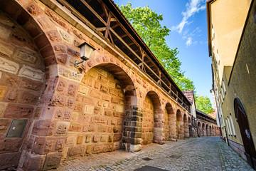 Wall Mural - Nürnberger Stadtmauer, Spittlertormauer mit Wehrgang, Nürnberg, Bayern