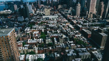 Fotomurales - Aerial panoramic Timelapse with clouds shadows running on densely populated city metropolis. Daytime in New York skyline downtown district with modern skyscrapers . Time is running so fast