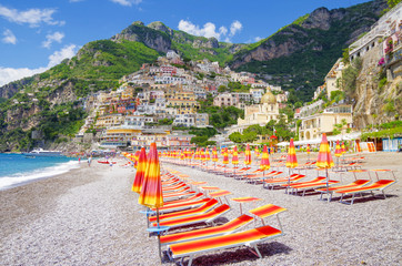 Breathtaking and beautiful view of Positano town and Spiaggia beach at famous Amalfi Coast in Italy with picturesque landscape and summer scenery for romantic luxury resort vacations Fotomurales