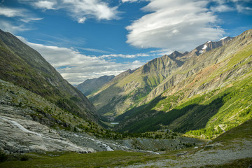 Wall Mural - View on Saas valley surrounded by beautiful mountains as seen from Mattmark lake