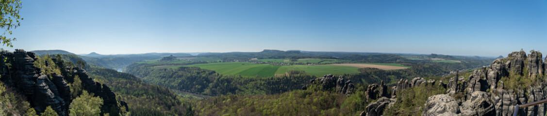 Foto auf AluDibond Khaki Panoramic View Of Landscape Against Clear Sky
