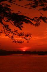 Foto auf AluDibond Rot kubanischen Scenic View Of Sunset Over Landscape