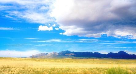 Foto auf Gartenposter Gelb Schwefelsäure Landscape Against Sky