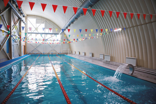 Swimming lanes in the sports pool.