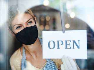 Photo on textile frame Akt Coffee shop woman owner with face mask, open after lockdown quarantine.