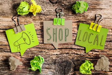 green post-it : shop local