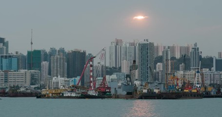 Fotomurales - Hong Kong city at evening time