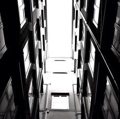 Keuken foto achterwand Smal steegje Sky Seen From Narrow Alley