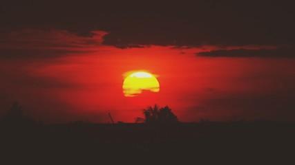 Fototapeten Kastanienbraun Silhouette Landscape At Sunset
