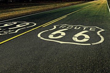 Foto auf AluDibond Route 66 High Angle View Of Route 66 Marking On Highway
