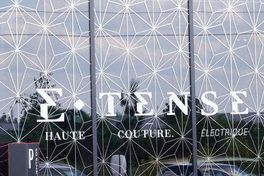 ds automobiles logo car e.tense electric sign shop vehicle dealer store french automobile etense