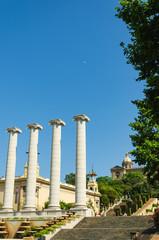 Four white columns, in Barcelona