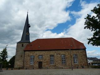 Die evangelisch-lutherische Kirche St. Martini, eingeweiht 1749, benannt nach Martin von Tours, befindet sich im Zentrum von Rehburg. Germany