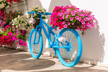 Old bike with flowers - street or garden decoaration design ideas