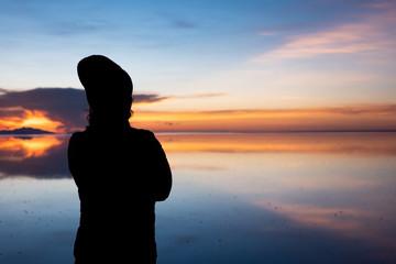 ウユニ塩湖 夕日