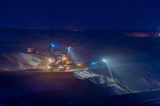 Germany, Juechen, lighted spreader at brown coal mining Garzweiler