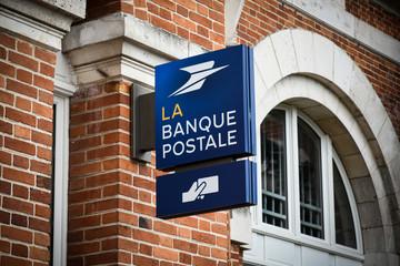 la banque postale signboard