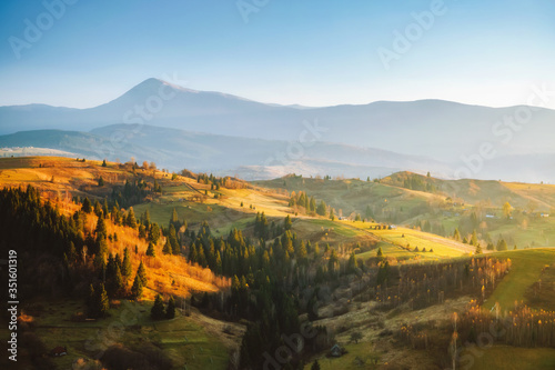 Wall mural Beautiful sunny day in picturesque mountain landscape. Location place of Carpathian mountains, Ukraine.