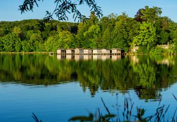 Weßlinger See Ort Weßling im Landkreis Starnberg in Bayern - Badespaß für Einheimische und Münchner