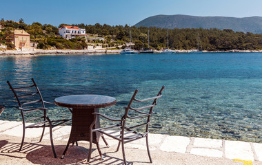 Fotomurales - Beautiful Ioniat sea Seascape. Wonderful summer day best place for holiday. Amazing Greece. Fiskardo village and harbor. Kefalonia island, Greece, Europe. Turquoise colored bay in Mediterranean sea.