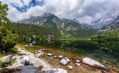 Fotomurales - Awesome Alpine Highlands At Sunny Day. Hiking Trail near famous Lake Popradske Pleso. Inkredible mountains Scenery, Popular travel destination. High Tatras. Slovakia. Wonderful Nature Landscape