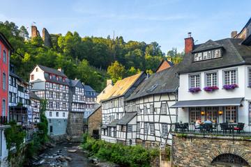 Fototapete - Altstadt, Monschau, Deutschland
