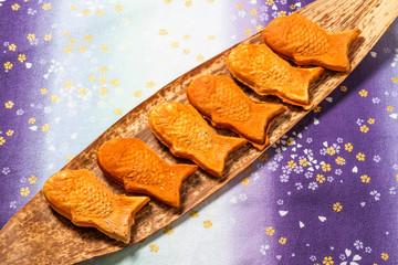 たいやき fish‐shaped pancake (taiyaki)japanese food Wall mural