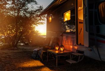 Poster Camping RV Camper Van Camping Warm Night